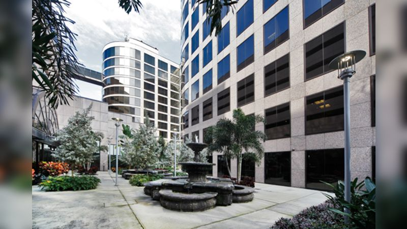 One Urban Centre - Office - Lease