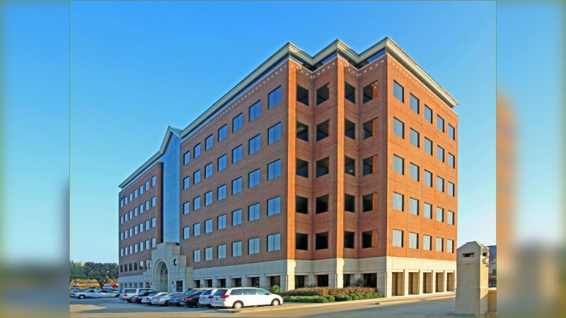 Bluffview Towers - East - Office - Lease