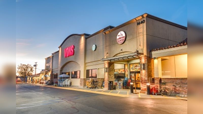 Pacific View Shopping Center - Retail - Lease