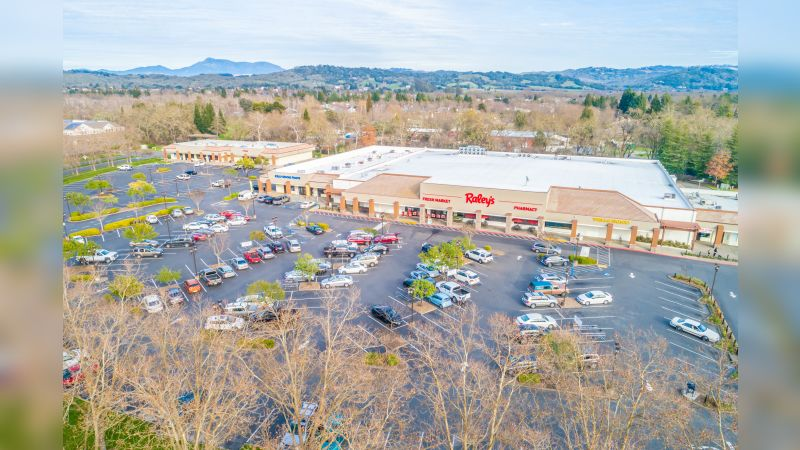 Lakewood Shopping Ccenter - Retail - Lease