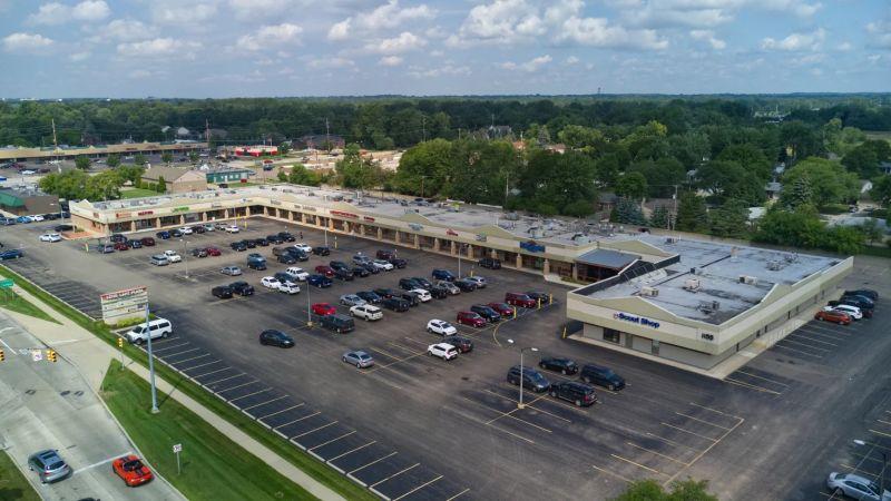 Long Lake Plaza - Retail - Lease