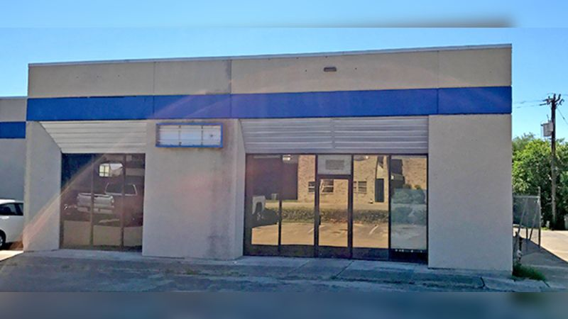7950 Mainland Drive - Industrial - Lease