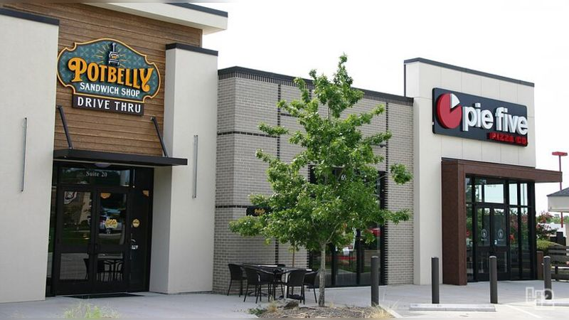 Potbelly Portfolio | Tyler - Retail - Sublease