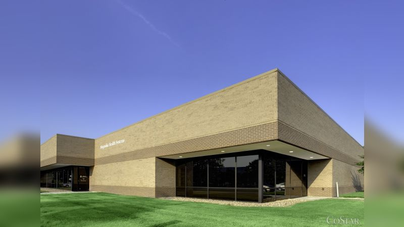 Lakefront 71 - Office - Sale