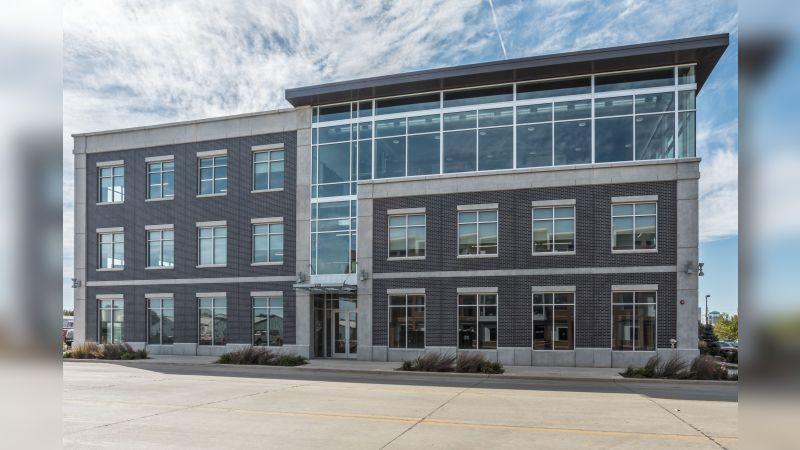 220 Southeast 6th Street - Office - Lease
