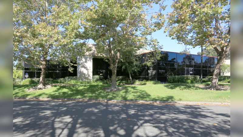 100 Professional Center Dr - Industrial - Lease