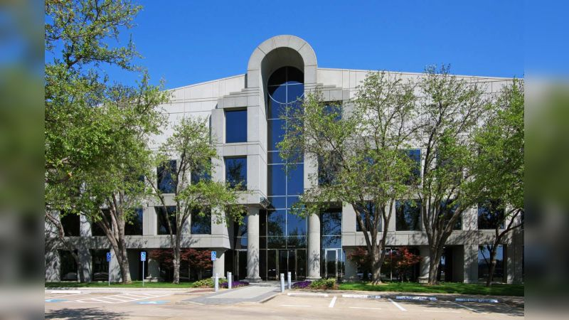 Dominion Plaza East - Office - Lease