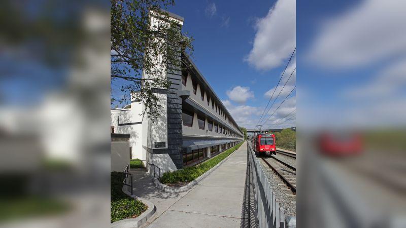 Rio Vista Building - Office - Lease
