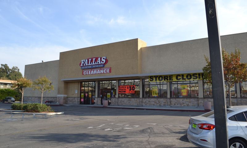 Baldwin Hills Shopping Center - Retail - Lease - Property View