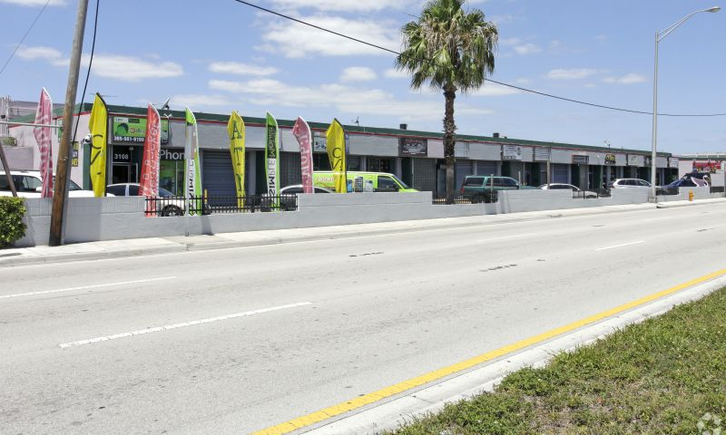 Airport Trade Center - Retail - Lease - Property View