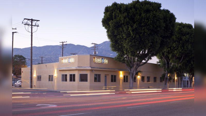 145 W Magnolia Blvd - Office - Lease
