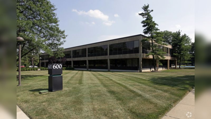 600 Lanidex Plaza - Office - Lease