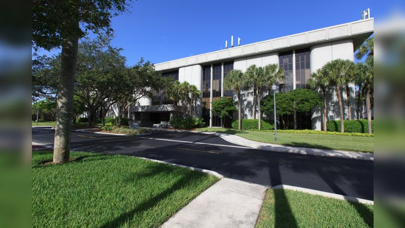 Lennar Corporate Center - Office - Lease