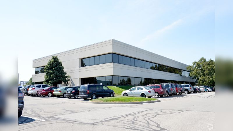 Lakefront 8 - Office - Lease