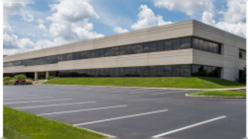 Lakefront 10 - Office - Lease