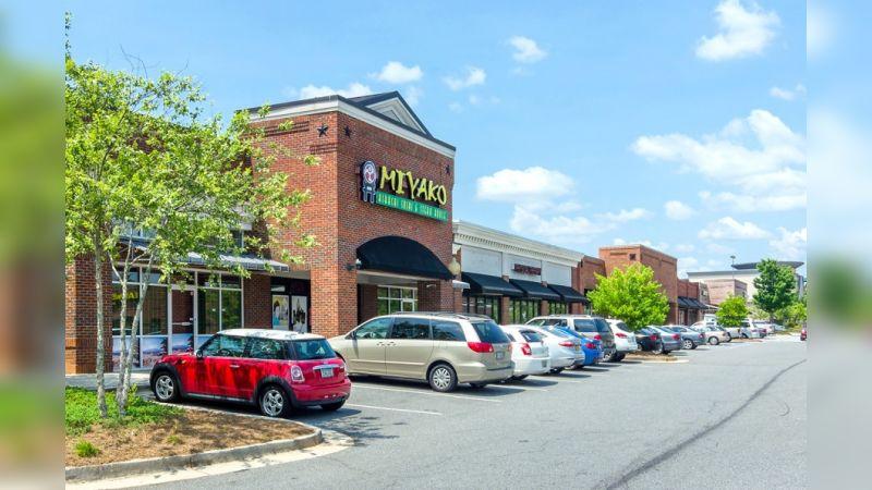 East West Shops - Retail - Lease