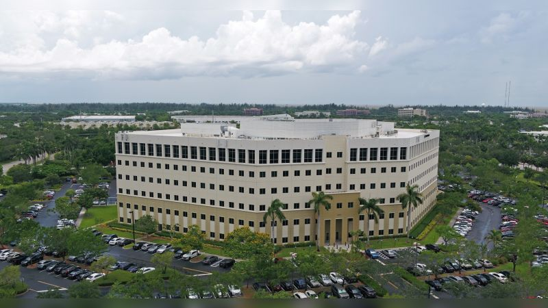 Sawgrass Pointe I - Office - Sublease