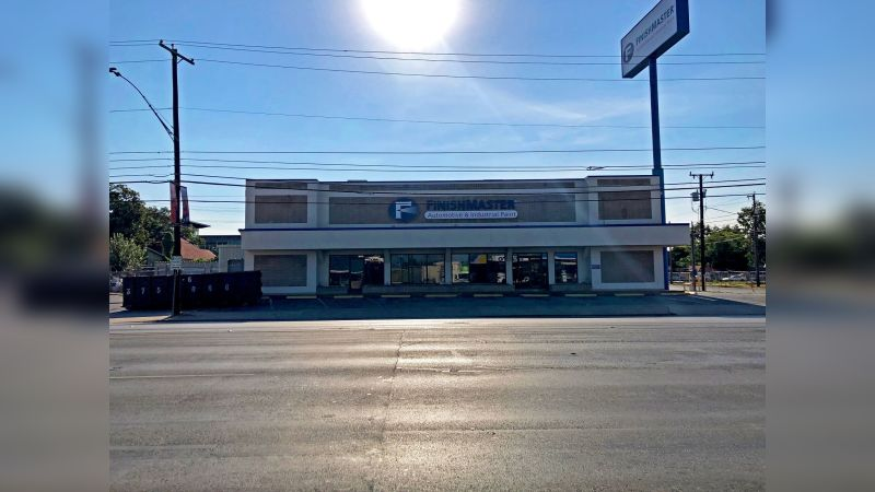 2000 Broadway - Retail - Lease