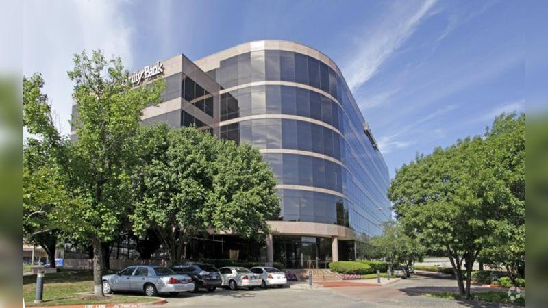 University Center I - Office - Lease