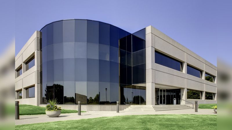 Lakefront 7 - Office - Lease