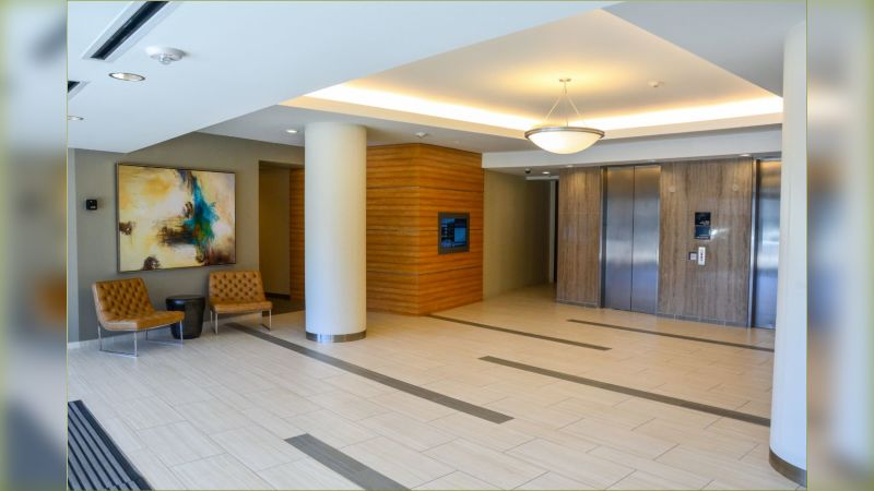 Knoll Trail Crossing - Office - Lease
