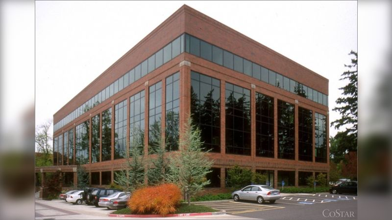 4800 Meadows Rd - Office - Lease