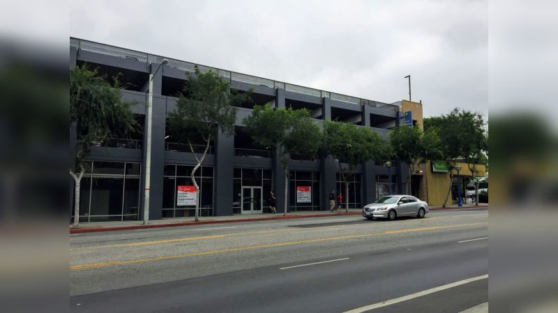8383 Santa Monica Blvd - Retail - Lease