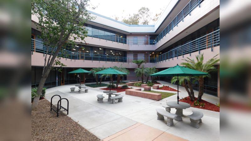 Rio Vista Plaza I - Office - Lease