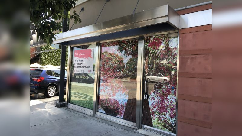 131 S Barrington Avenue - Retail - Lease
