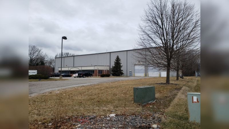 325 Tech Dr - Industrial - Sale