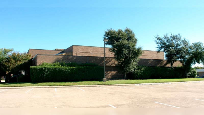 1810 Eastgate Drive - Office - Lease