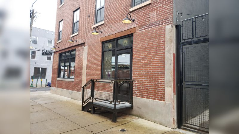1100 N Front Street - Retail - Lease