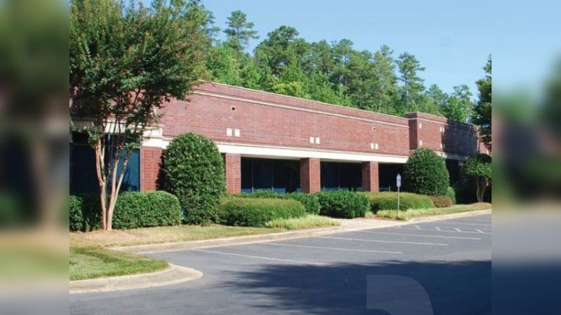 Woodside Center 100 - Office - Lease