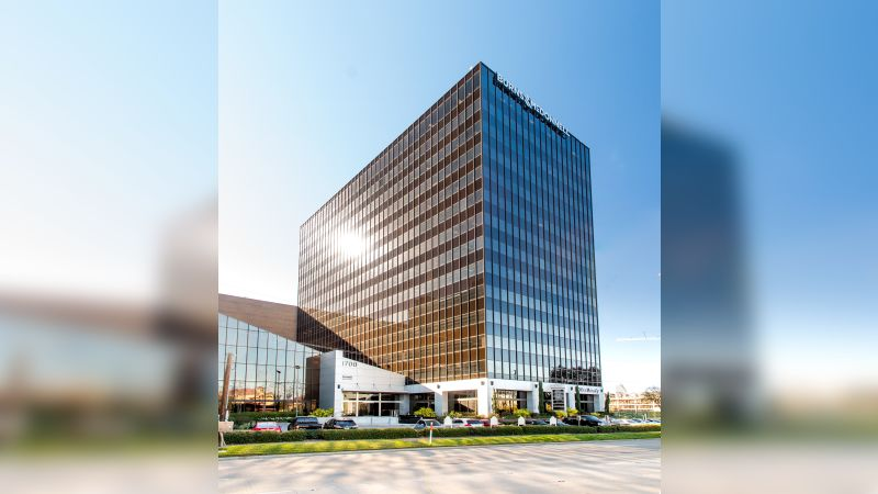 1700 West Loop S - Burns & McDonnell Plaza - Office - Lease