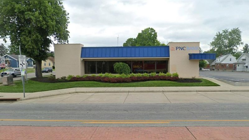 6100 Wooster Pike - Office - Lease