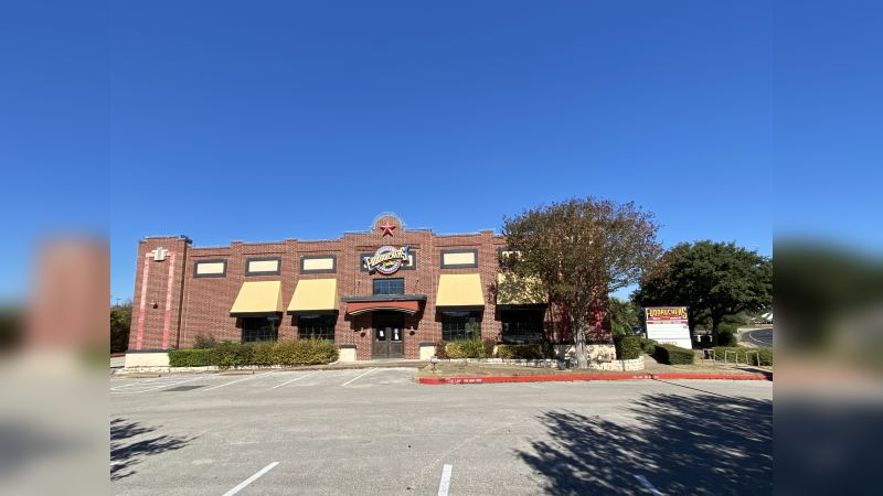 Former Fuddruckers - Retail - Sale