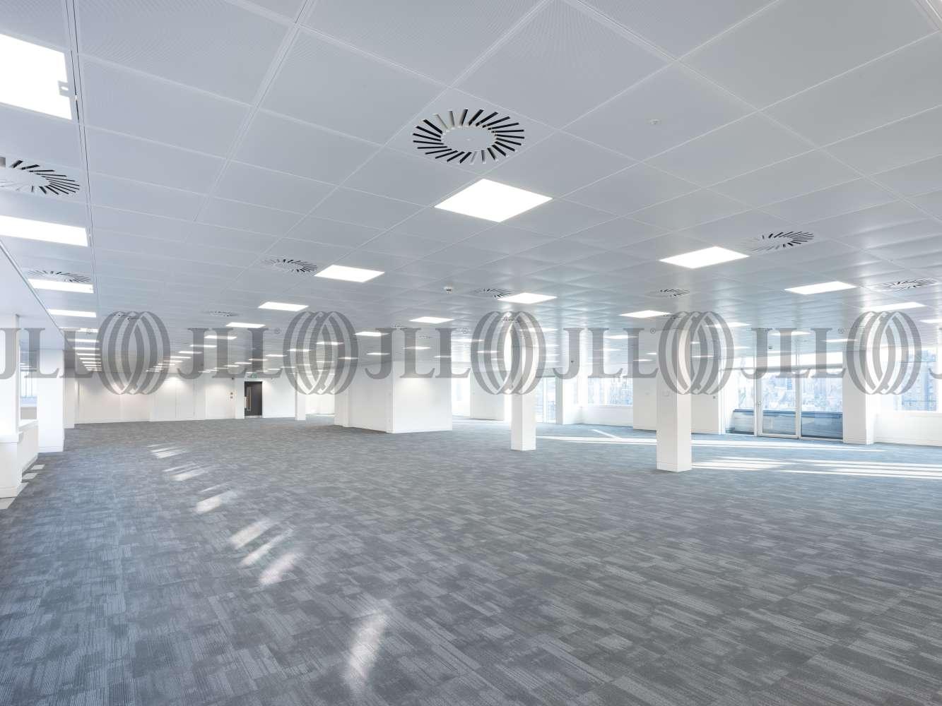 Office Edinburgh, EH2 2BY - 40 Princes Street - 039