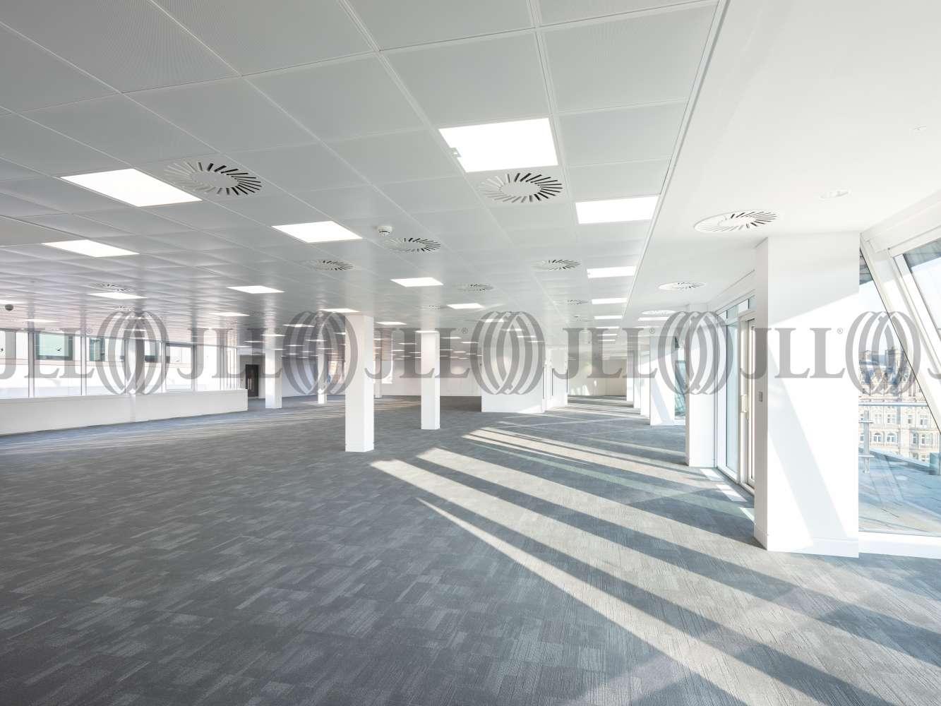 Office Edinburgh, EH2 2BY - 40 Princes Street - 018