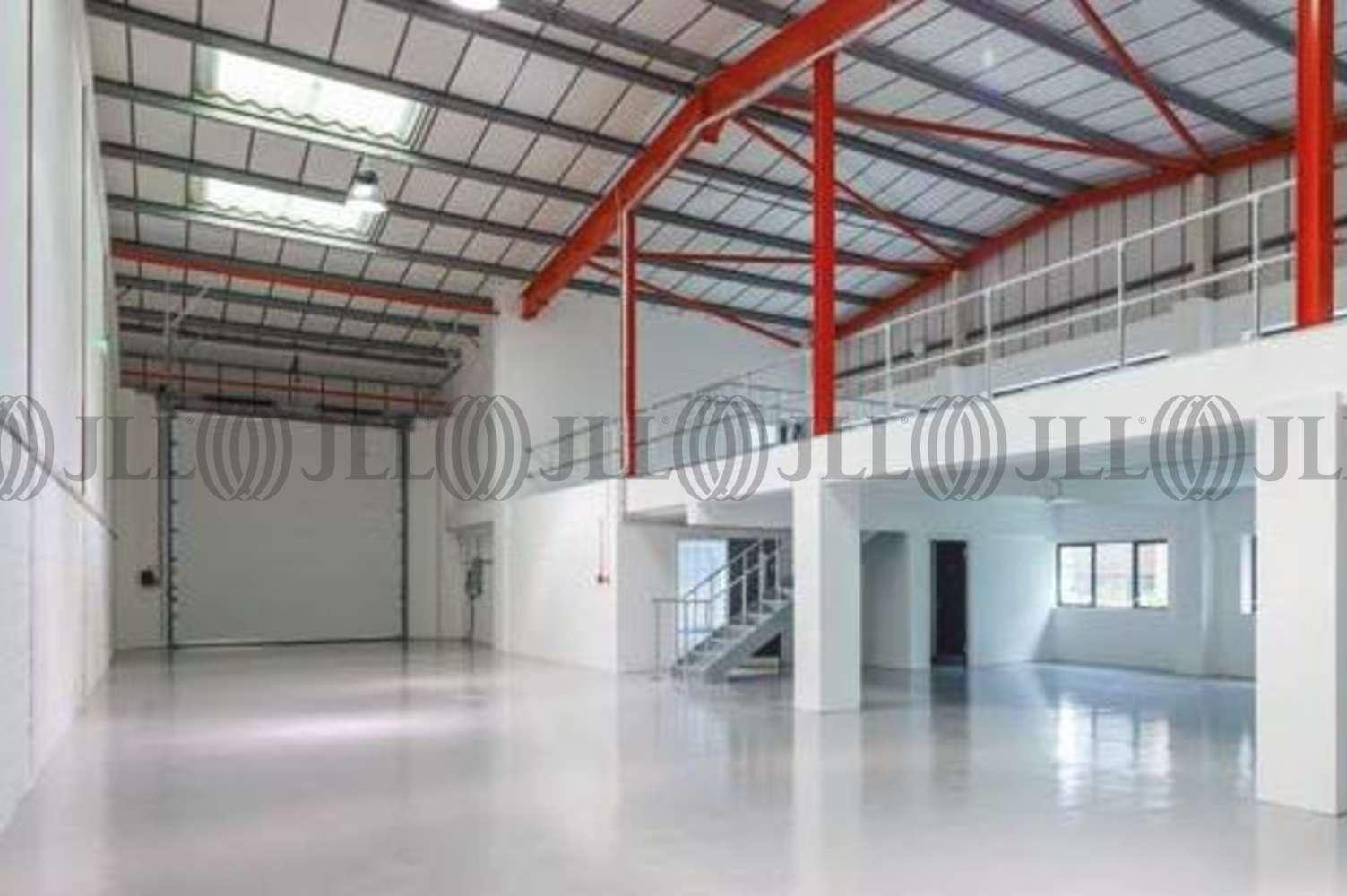 Industrial Bracknell, RG12 1RW - Unit 12c