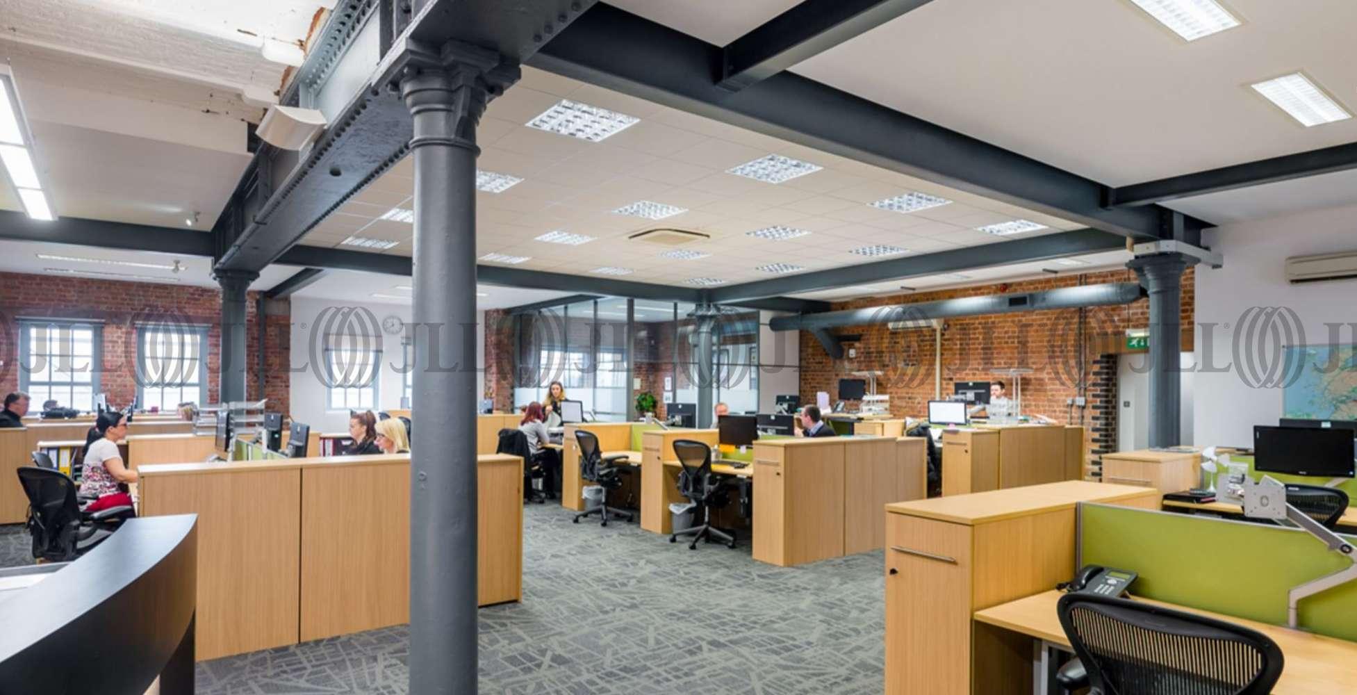 Office Warrington, WA4 6HL - Wilderspool Business Park - 21282