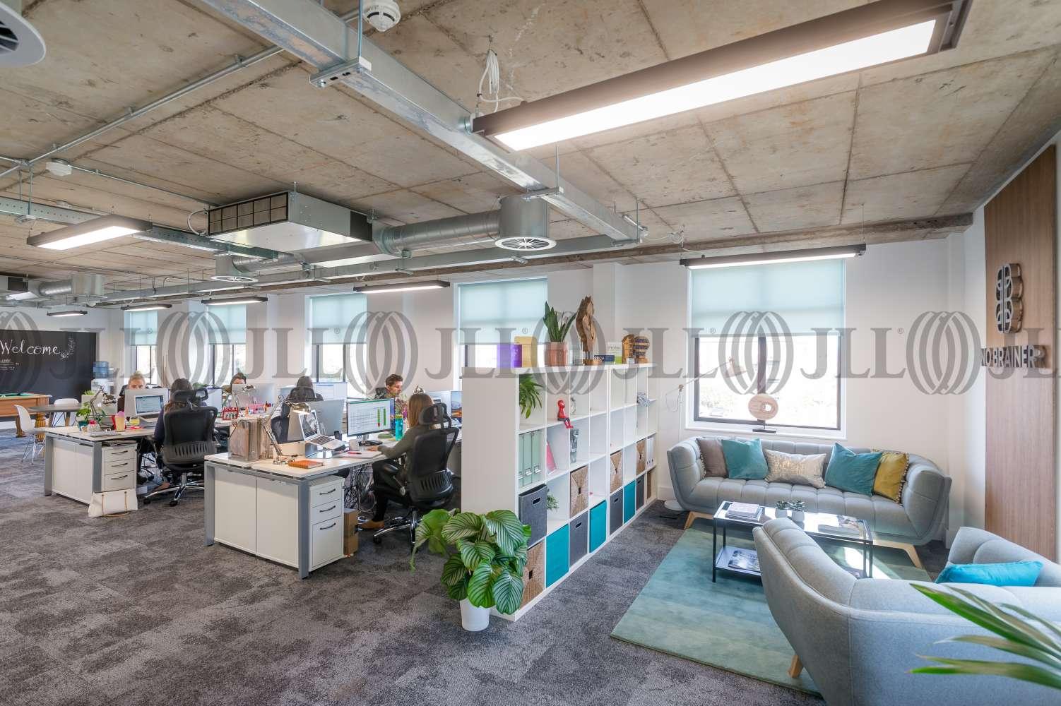 Office Warrington, WA4 6HL - Wilderspool Business Park - 0041