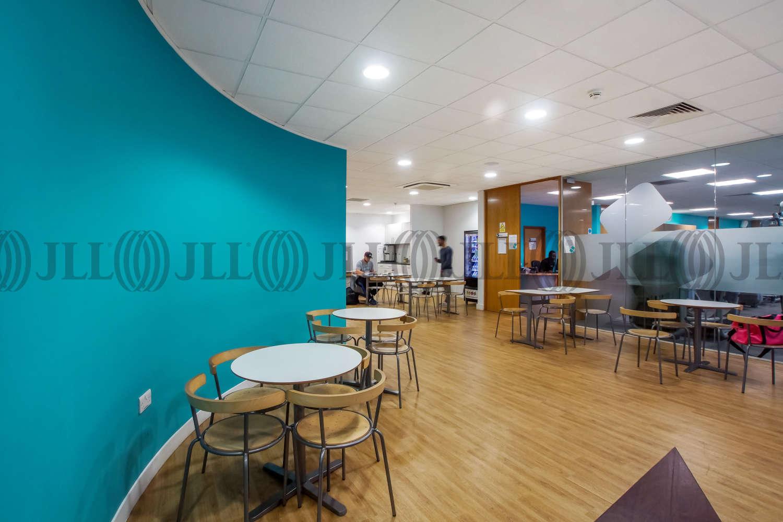 Office London, N4 3JP - Clifton House - 2
