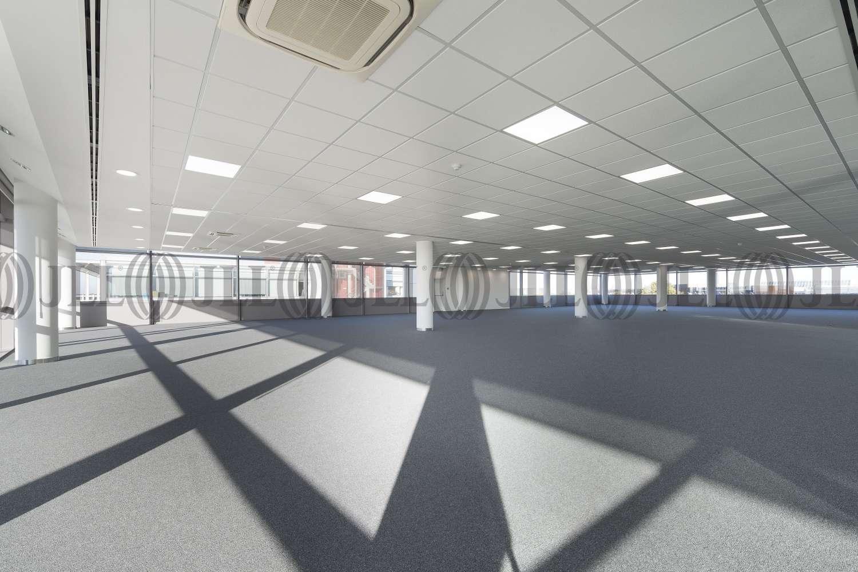 Office Hounslow, TW6 2SF - 3 World Business Centre - 052