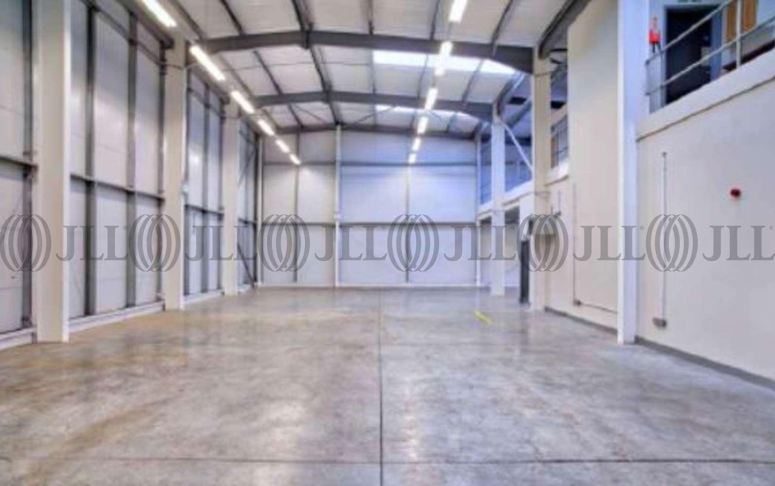 Industrial Hounslow, TW4 6DE - Unit 4 Viridian Park - 100896