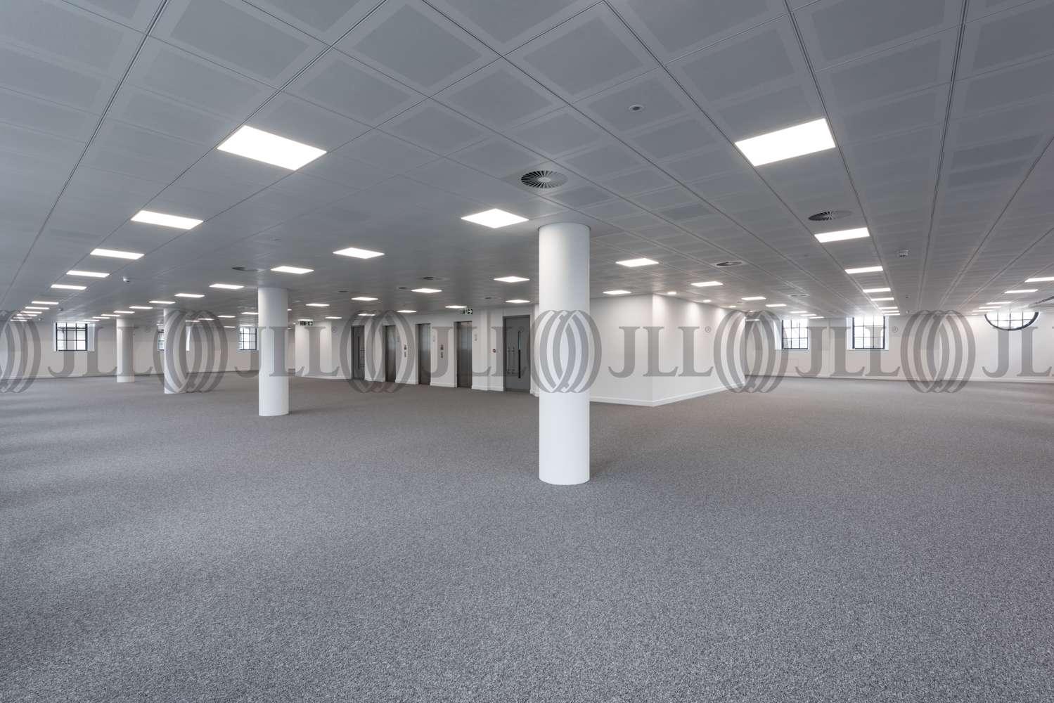 Office London, SW1Y 5AU - Kinnaird House - 3