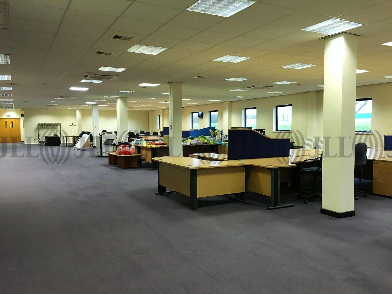 Office Bridgend, CF31 3RY - Kingsway Building, Bridgend Industrial Estate - 0106
