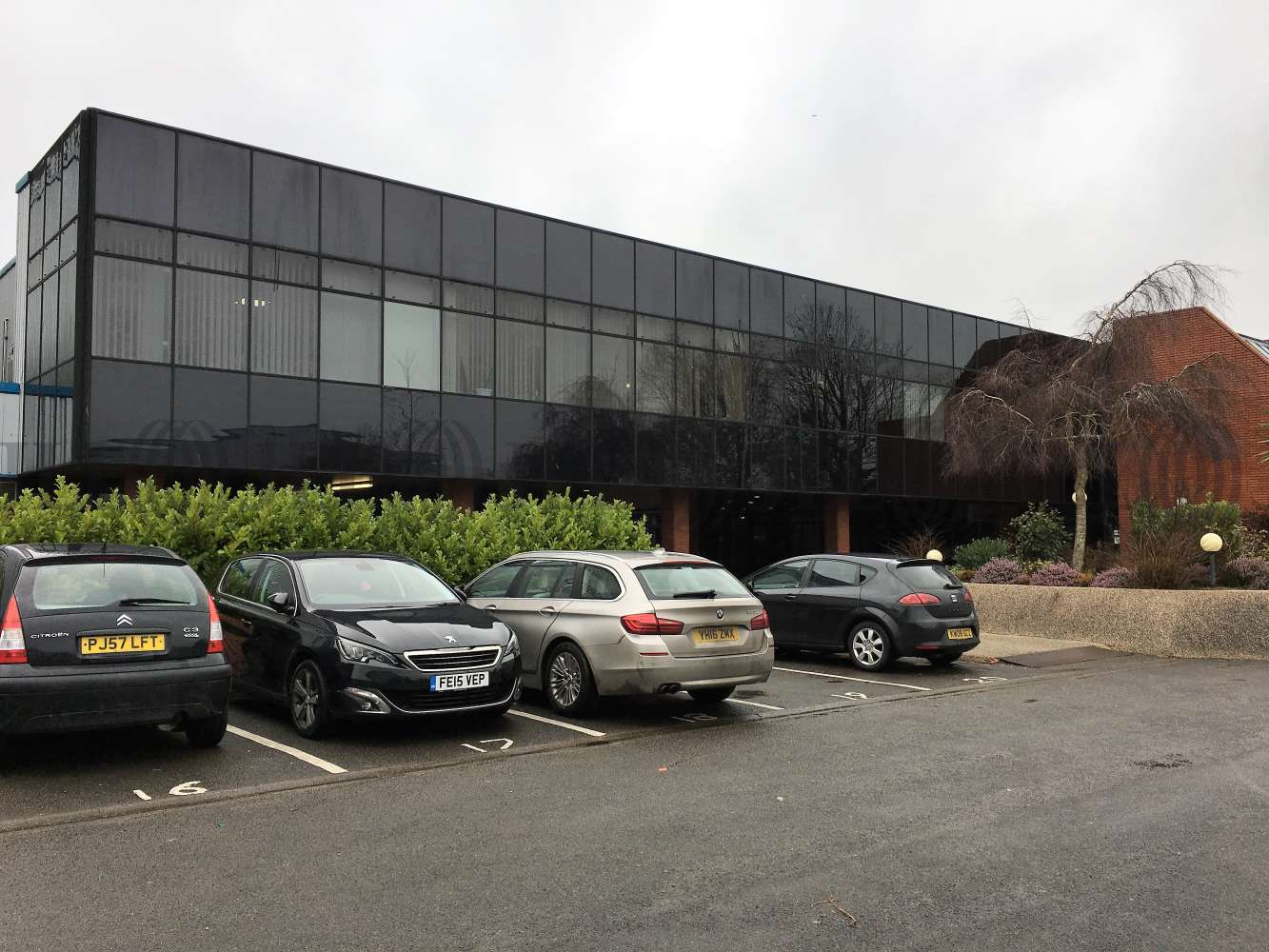 Office Bridgend, CF31 3RY - Kingsway Building, Bridgend Industrial Estate - 0127
