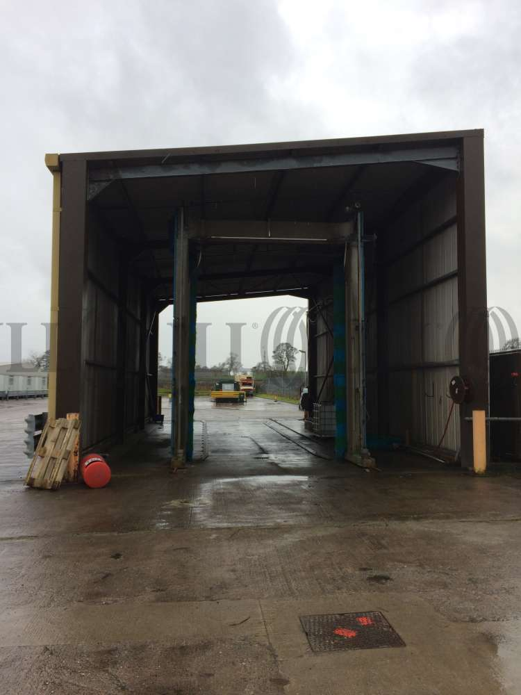 Industrial Dunfermline, KY11 8PU - Pitreavie Way
