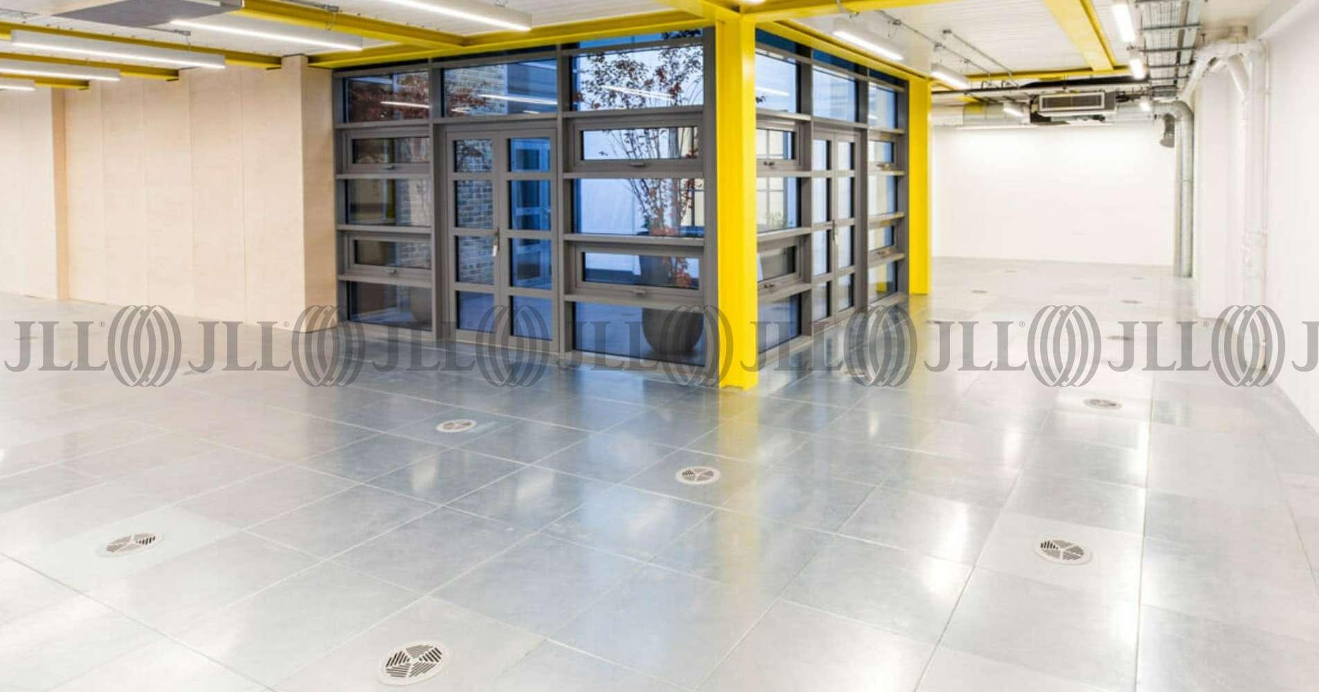 Office London, N1 9JN - 1 Hermes Street  - 2