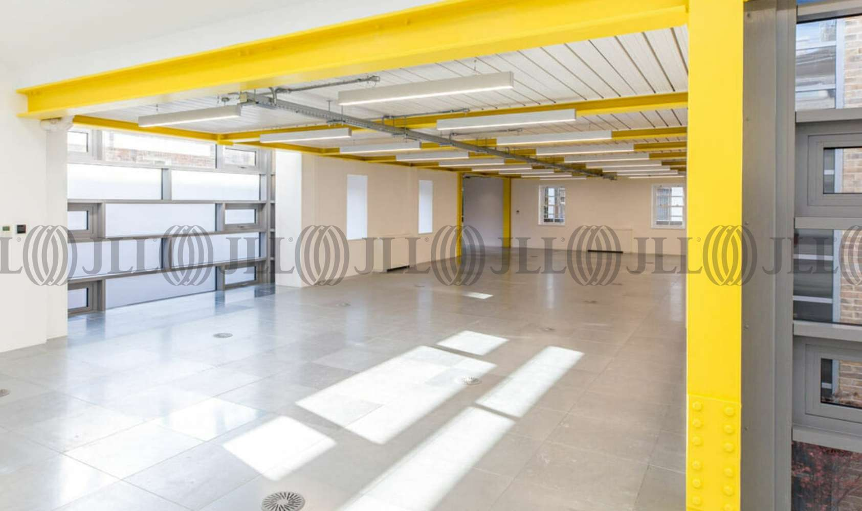 Office London, N1 9JN - 1 Hermes Street  - 80612